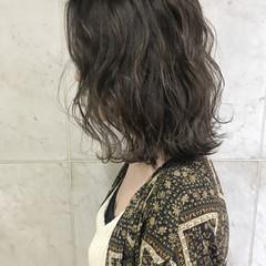 外国人風 バレイヤージュ ナチュラル ハイライト ヘアスタイルや髪型の写真・画像