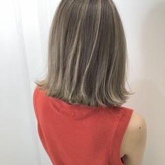 ストリート ベージュ ハイライト ミルクティー ヘアスタイルや髪型の写真・画像