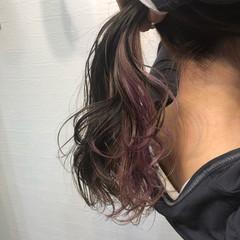 裾カラー フェミニン インナーピンク インナーカラー ヘアスタイルや髪型の写真・画像
