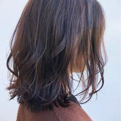 大人可愛い ミディアム ナチュラル アンニュイほつれヘア ヘアスタイルや髪型の写真・画像