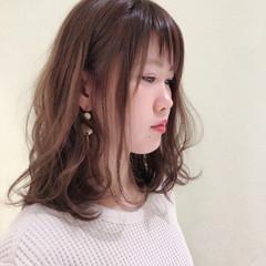ナチュラル 斜め前髪 色気 デート ヘアスタイルや髪型の写真・画像
