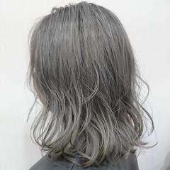 グラデーションカラー ハイライト ミディアム フェミニン ヘアスタイルや髪型の写真・画像