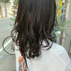グレーアッシュ ナチュラル セミロング アッシュ ヘアスタイルや髪型の写真・画像