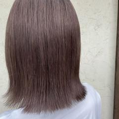 ナチュラル ダブルカラー ミルクティーベージュ ボブ ヘアスタイルや髪型の写真・画像