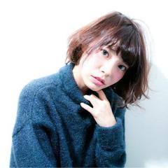 丸顔 フェミニン 外国人風 ナチュラル ヘアスタイルや髪型の写真・画像