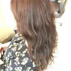 セミロング 外国人風カラー 波ウェーブ 透明感 ヘアスタイルや髪型の写真・画像