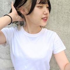 インナーカラー インナーカラーホワイト 切りっぱなしボブ ホワイトベージュ ヘアスタイルや髪型の写真・画像