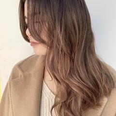 ロング バレイヤージュ 外国人風カラー ハイライト ヘアスタイルや髪型の写真・画像