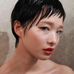 黒髪 ショート モード ウェットヘア ヘアスタイルや髪型の写真・画像