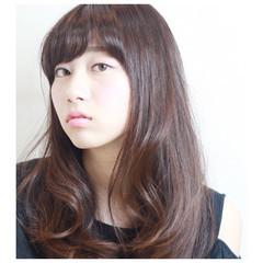 ロング 暗髪 前髪あり パーマ ヘアスタイルや髪型の写真・画像
