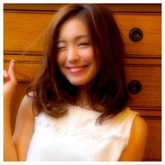 モテ髪 フェミニン おフェロ ミディアム ヘアスタイルや髪型の写真・画像