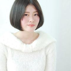 ガーリー 黒髪 フェミニン ショート ヘアスタイルや髪型の写真・画像