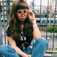 ウェーブ 前髪あり アンニュイ オン眉 ヘアスタイルや髪型の写真・画像