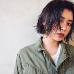 外国人風 外ハネ 黒髪 パーマ ヘアスタイルや髪型の写真・画像