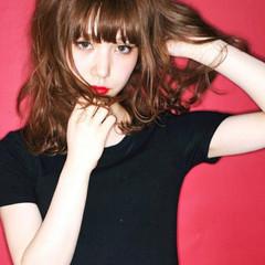ストリート レイヤーカット グラデーションカラー 外国人風 ヘアスタイルや髪型の写真・画像