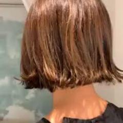 ゆるふわ モード グラデーションカラー 切りっぱなしボブ ヘアスタイルや髪型の写真・画像