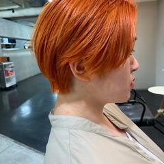 ブリーチ ショート オレンジカラー ハンサムショート ヘアスタイルや髪型の写真・画像