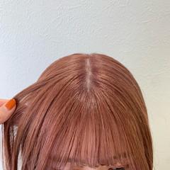 ミディアム ガーリー ピンク ピンクベージュ ヘアスタイルや髪型の写真・画像