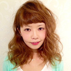 ゆるふわ ブラウン フェミニン 外国人風 ヘアスタイルや髪型の写真・画像