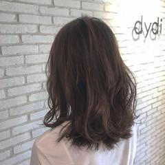 ミディアム ミディアムヘアー フェミニン 大人ミディアム ヘアスタイルや髪型の写真・画像