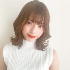 前髪あり 韓国 秋冬スタイル フェミニン ヘアスタイルや髪型の写真・画像