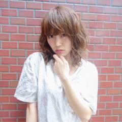 ウェットヘア ガーリー ウェーブ 愛され ヘアスタイルや髪型の写真・画像