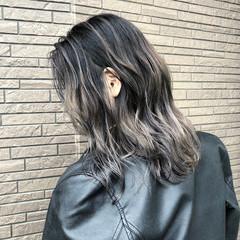 デート ストリート 外国人風 ミディアム ヘアスタイルや髪型の写真・画像