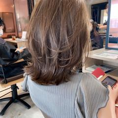 グレージュ ナチュラル アンニュイほつれヘア デジタルパーマ ヘアスタイルや髪型の写真・画像