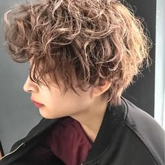 マッシュ アウトドア 冬 ストリート ヘアスタイルや髪型の写真・画像