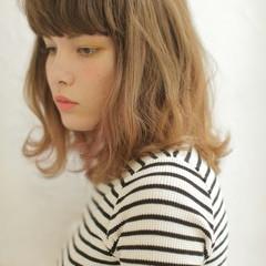 こなれ感 前髪あり 大人かわいい 外国人風 ヘアスタイルや髪型の写真・画像