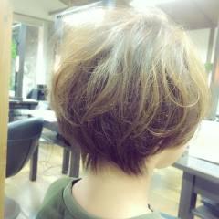 マルサラ ストリート 丸顔 グラデーションカラー ヘアスタイルや髪型の写真・画像