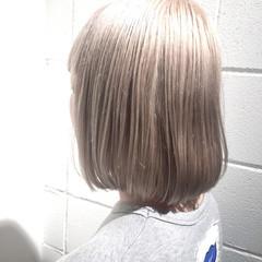 ホワイト ブリーチ ダブルカラー ボブ ヘアスタイルや髪型の写真・画像