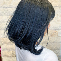 ボブ ネイビーアッシュ ストリート ネイビーカラー ヘアスタイルや髪型の写真・画像