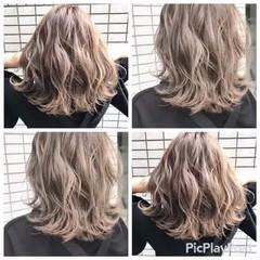 ウェーブ 春 ブラウンベージュ ハイライト ヘアスタイルや髪型の写真・画像