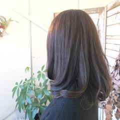 アウトドア デート アンニュイほつれヘア スポーツ ヘアスタイルや髪型の写真・画像