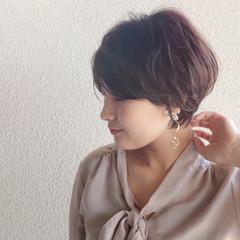 フェミニン マッシュショート ショートボブ ショートヘア ヘアスタイルや髪型の写真・画像