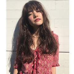 ミルクティー グレージュ ウェットヘア ロング ヘアスタイルや髪型の写真・画像