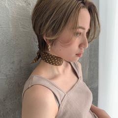 ショートヘア ハイトーン モード ショート ヘアスタイルや髪型の写真・画像
