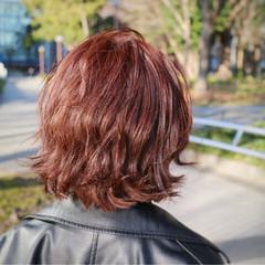色気 外国人風 フェミニン 波ウェーブ ヘアスタイルや髪型の写真・画像