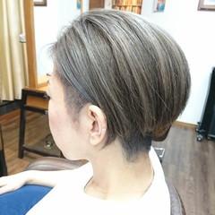 グラデーションカラー コントラストハイライト ナチュラルグラデーション ハイライト ヘアスタイルや髪型の写真・画像
