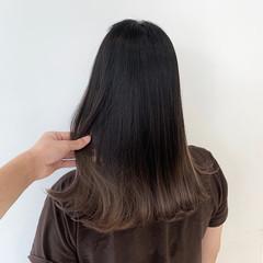 ガーリー ミルクティーベージュ セミロング ミルクティーグレージュ ヘアスタイルや髪型の写真・画像