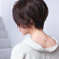 ハイライト パーマ ショートボブ フェミニン ヘアスタイルや髪型の写真・画像