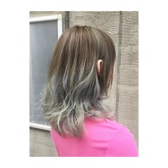 ガーリー アッシュベージュ ゆるふわ アンニュイ ヘアスタイルや髪型の写真・画像