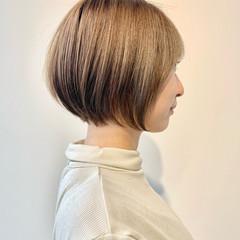 ショートヘア 切りっぱなしボブ ベリーショート フェミニン ヘアスタイルや髪型の写真・画像