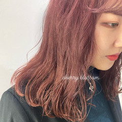 ラベンダーピンク ピンク ピンクベージュ ロング ヘアスタイルや髪型の写真・画像