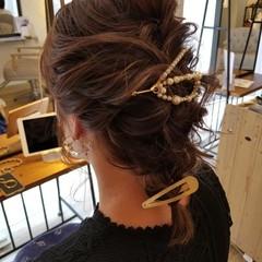結婚式ヘアアレンジ エレガント 簡単ヘアアレンジ セミロング ヘアスタイルや髪型の写真・画像