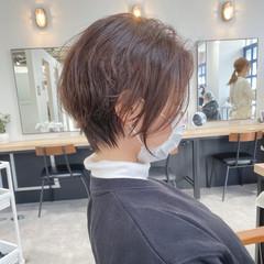 ショートボブ フェミニン ゆるふわパーマ ショートヘア ヘアスタイルや髪型の写真・画像
