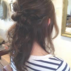 ミディアム ヘアアレンジ 大人かわいい パーマ ヘアスタイルや髪型の写真・画像