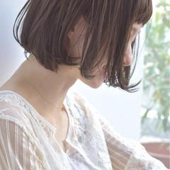 フェミニン リラックス ゆるふわ ボブ ヘアスタイルや髪型の写真・画像