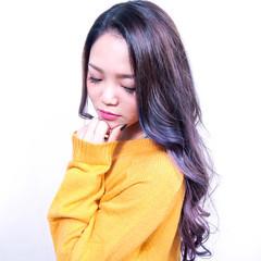 グレージュ ロング 外国人風カラー ブルージュ ヘアスタイルや髪型の写真・画像